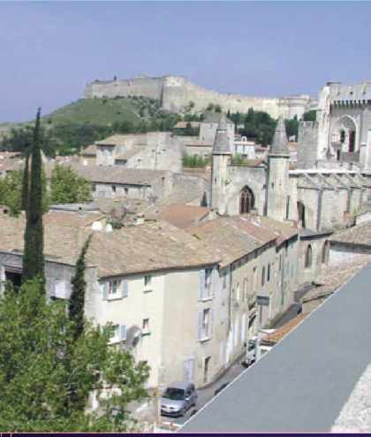 Villeneuve-les-Avignon village